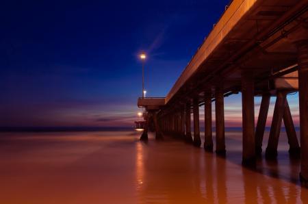 Обои мост, дорга, в море, небо