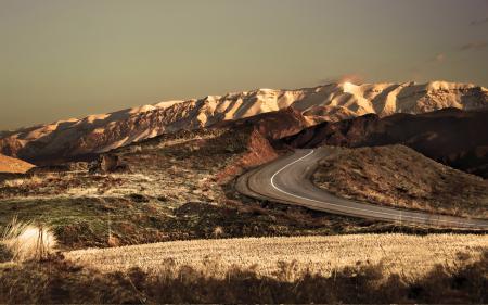 Обои Iran, горы, поле, дорога