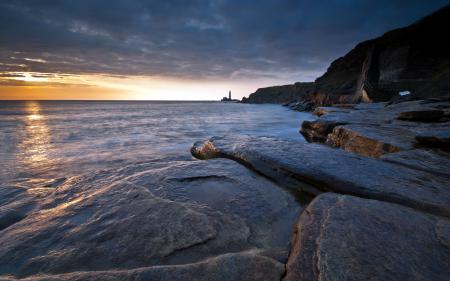 Фото море, скалы, ночь, маяк