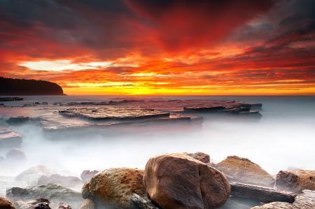 Заставки небо, красный закат, море, камни