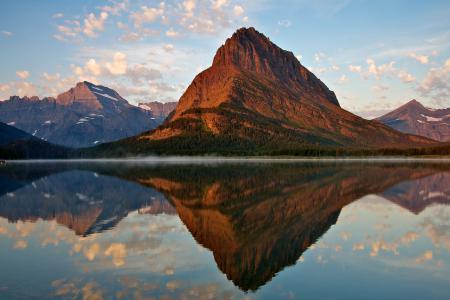 Обои гора, озеро, река, отражение