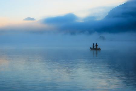 Фотографии озеро, туман, лодка, рыбалка
