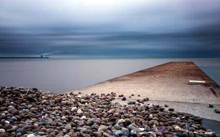 Обои море, ночь, камни, пейзаж