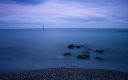 Фото знак, озеро, камни, ночь