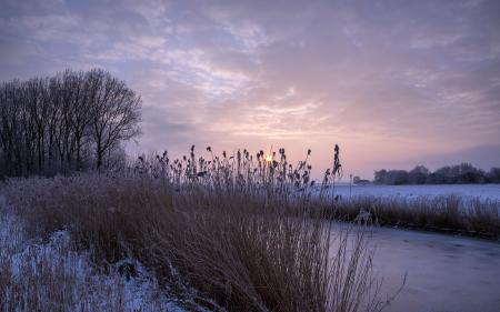 Фото закат, река, зима
