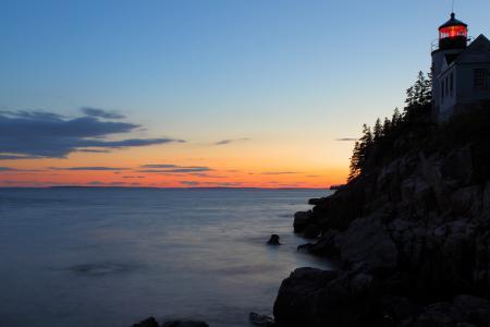 Фото Закат, море, маяк, деревья