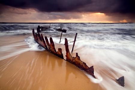 Заставки море, небо, пляж, ржавый