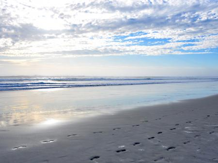 Фото небо, песок, следы, природа