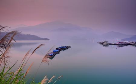Заставки озеро, лодки, природа, пейзаж