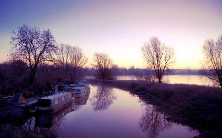 Обои закат, деревья, лодки, озеро