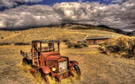 Заставки машина, дом, поле, пейзаж