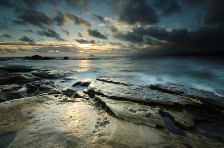 Фотографии пейзаж, море, камни, горизонт