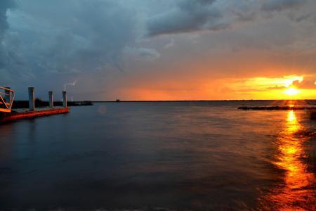 Фотографии море, закат, молния, пейзаж