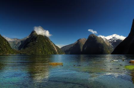Обои горы, озеро, вода
