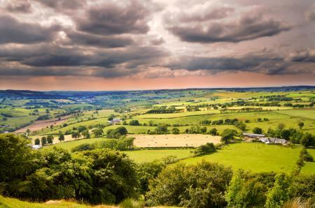 Фото долина, поля, небо, облака