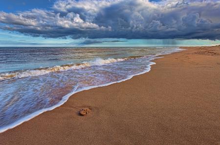 Обои море, пляж, небо, облака