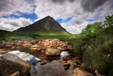 Заставки гора, река, камни