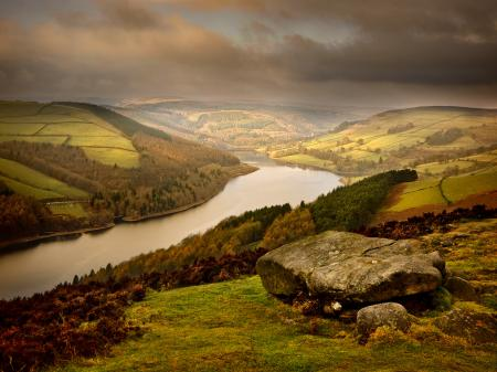 Обои холмы, долина, река, камни