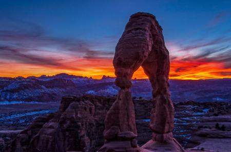 Обои каньон, скалы, снег, рассвет