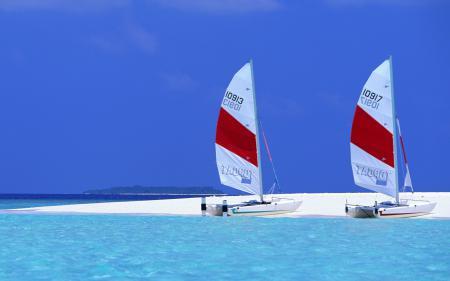 Обои море, небо, песок, лодка