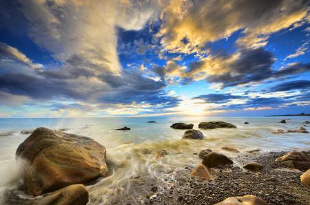 Фото море, камни, волны, брызги