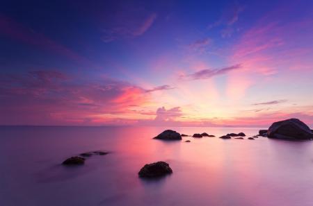 Фото море, камни, закат, небо