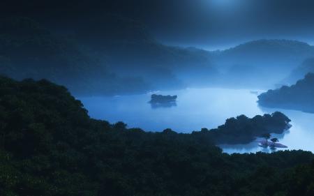 Заставки лунный свет, озеро, горы, джунгли