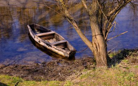 Картинки река, лодка, дерево, цепь