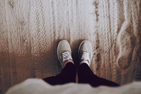 Заставки кеды, обувь, шнурки, ноги