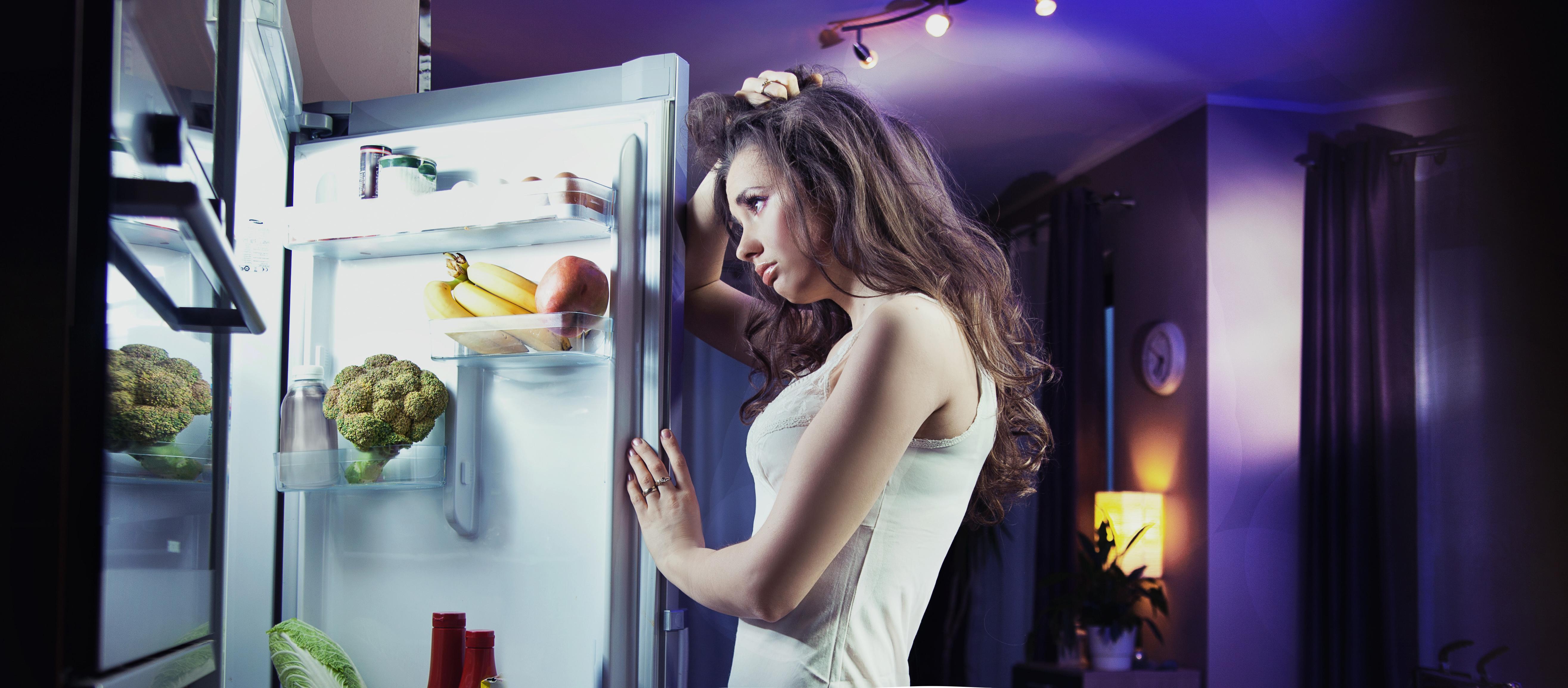 Что делают девушки по ночам в фото 2 фотография