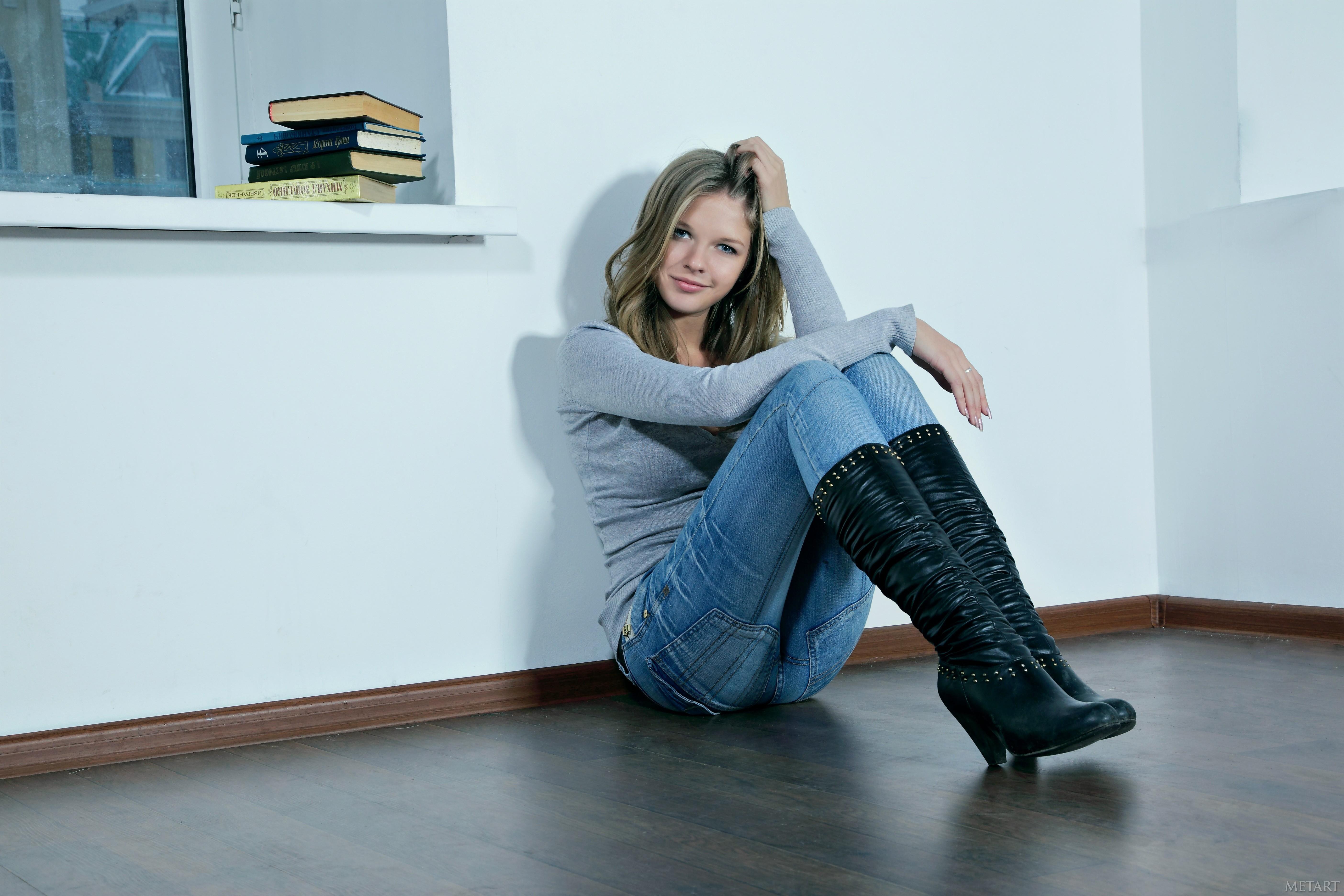 Фото русских девушек в джинсах 13 фотография