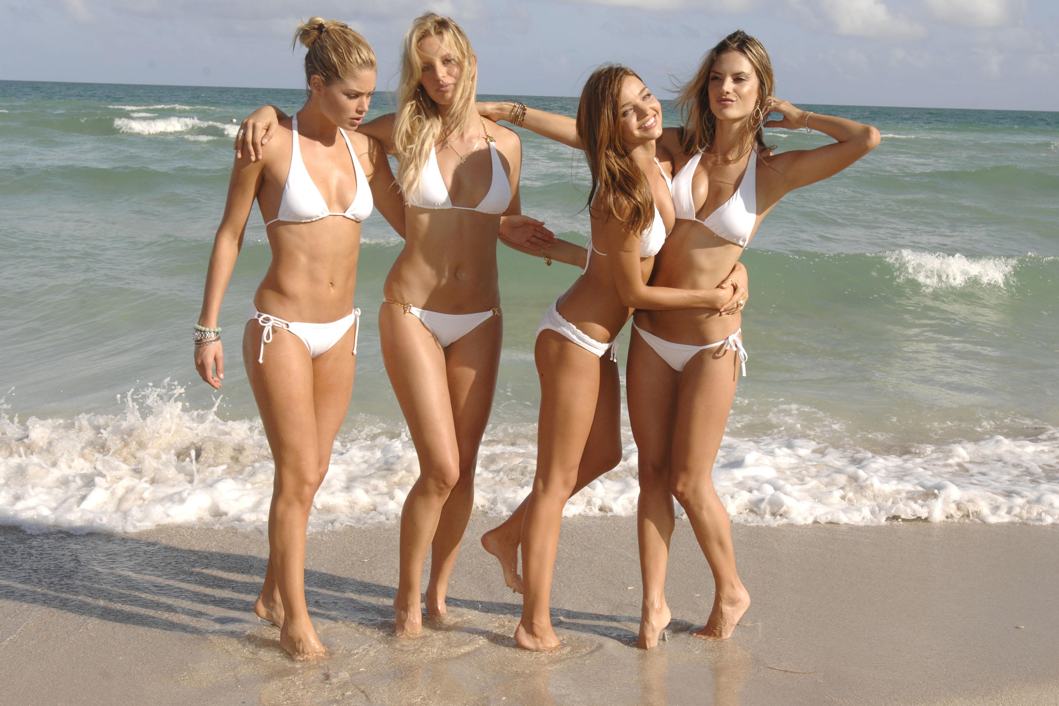 Вызывающие фото на пляже