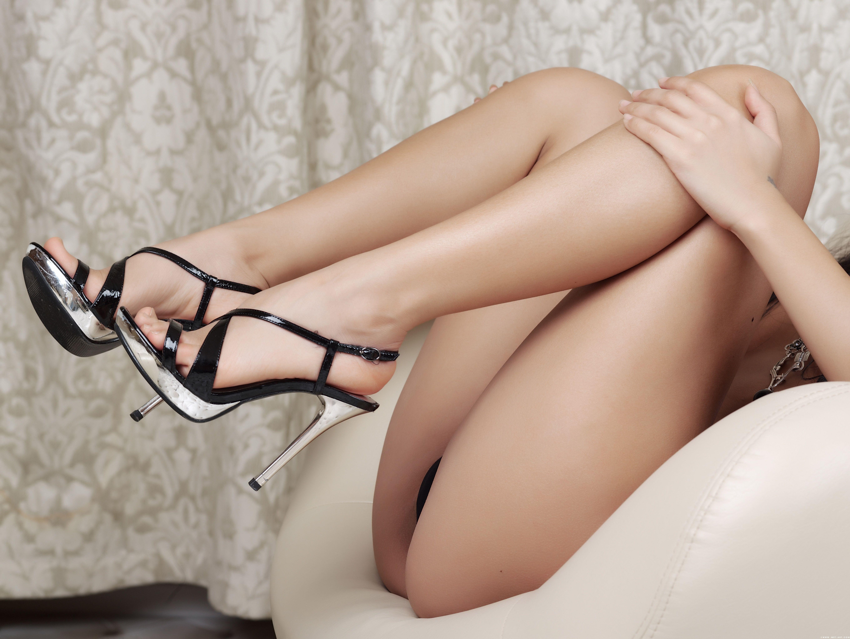 Трусики и ноги 23 фотография
