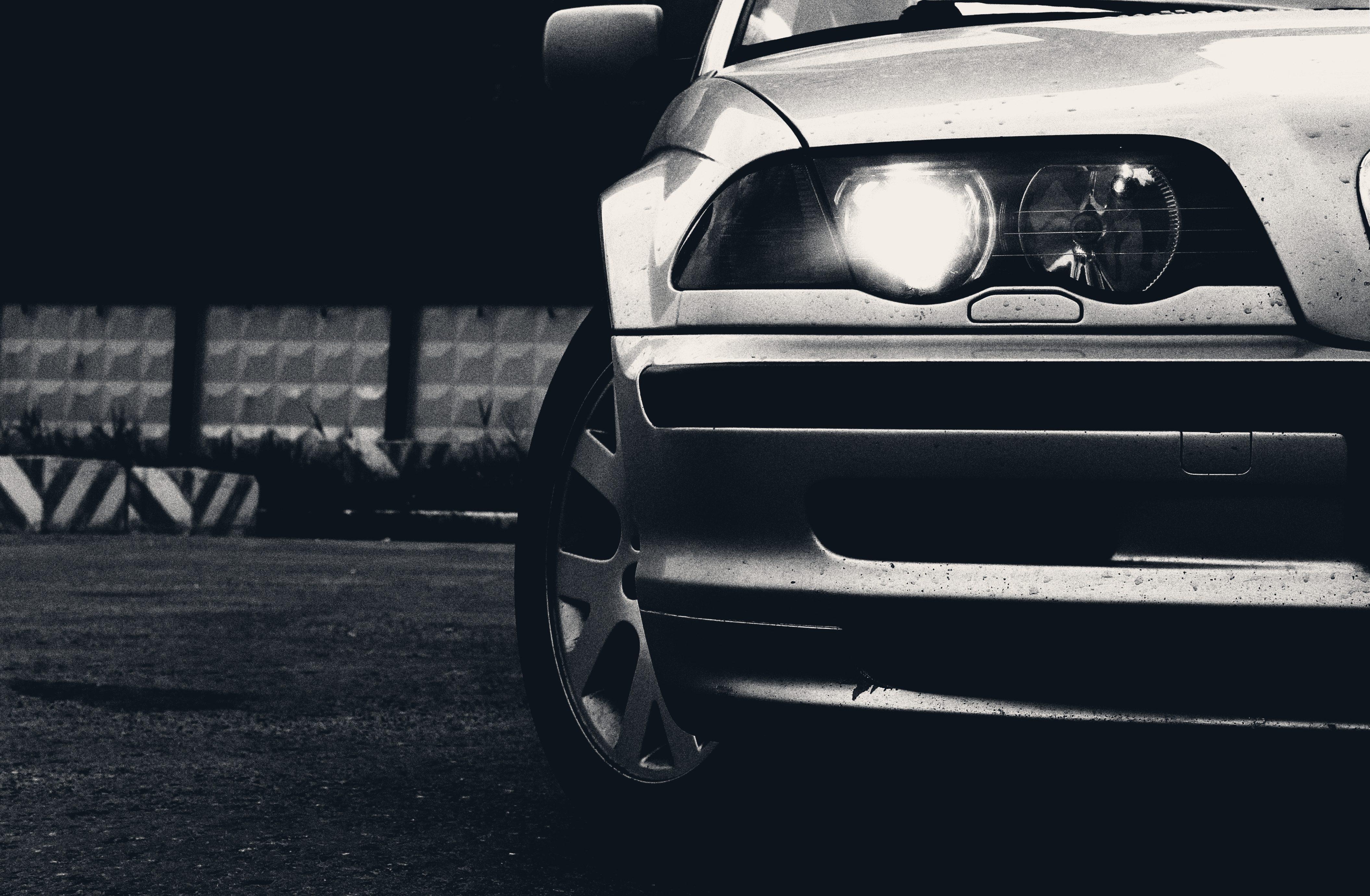 Черно белые фото машин