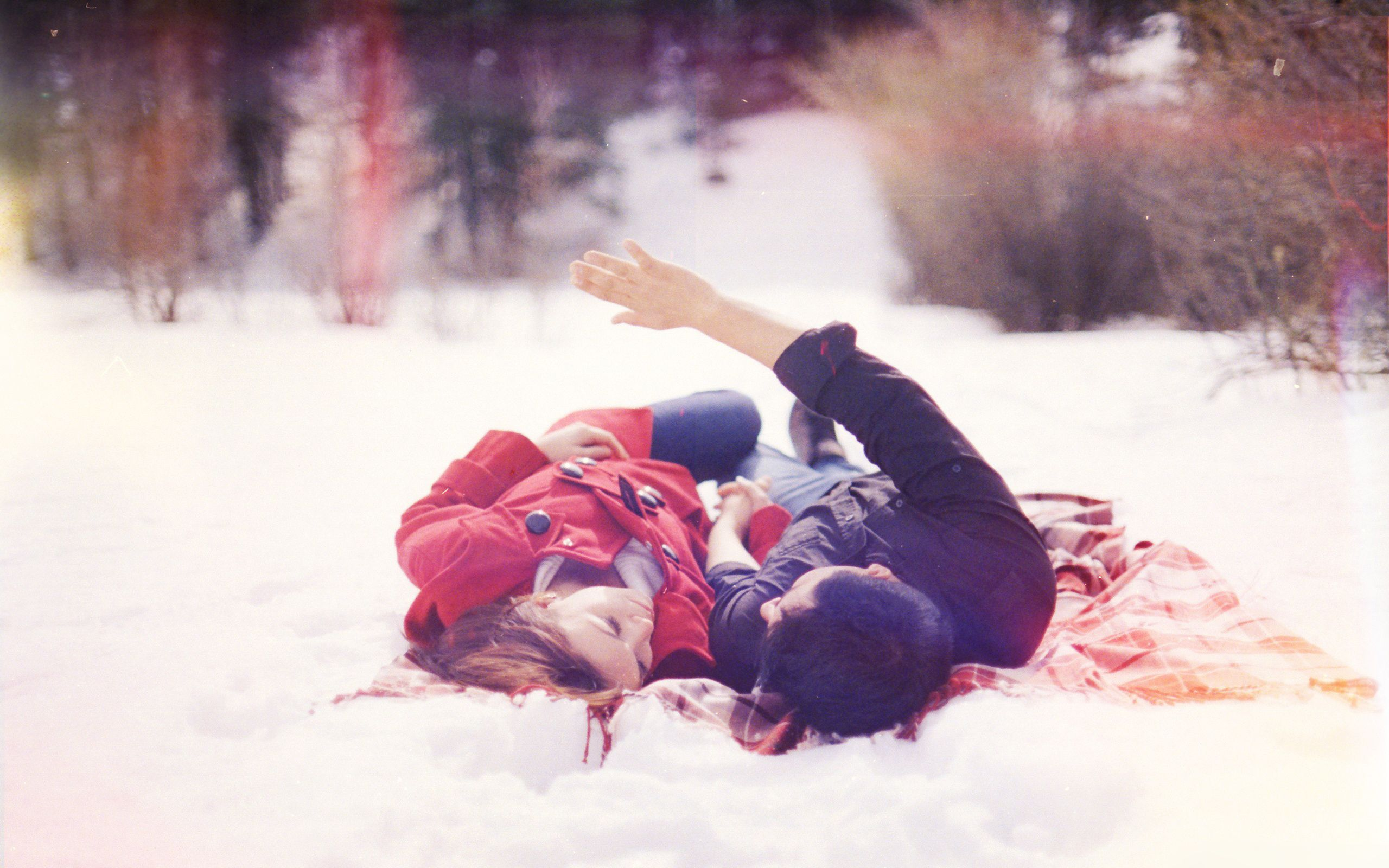 Фотографии любовь снег зима парень и