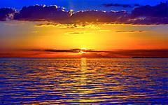 Обои красивый закат скачать на рабочий стол, фото на море